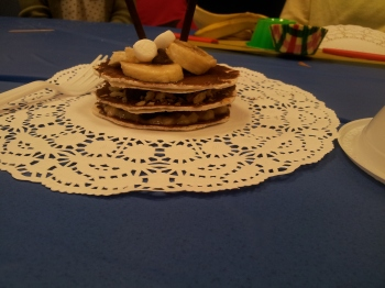 A better view of the Platinum Chefs' dessert: layers of tortilla, nutella, and banana. Yum!